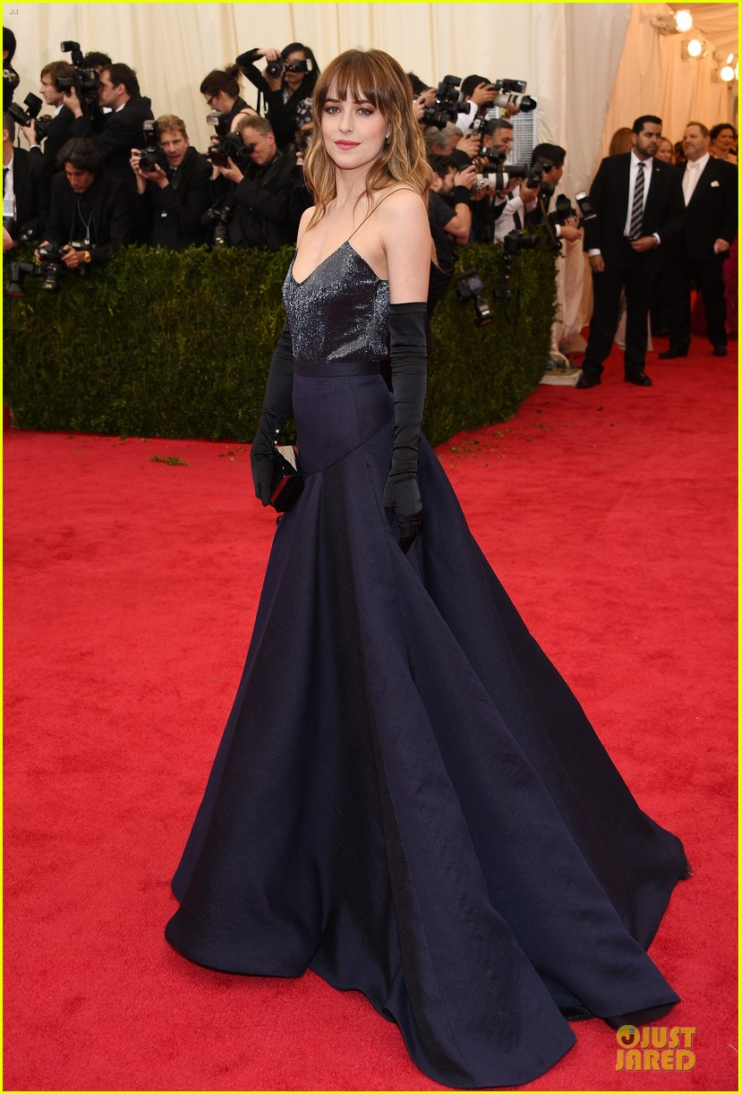 dakota johnson makes jason wu proud met ball 2014 063106031
