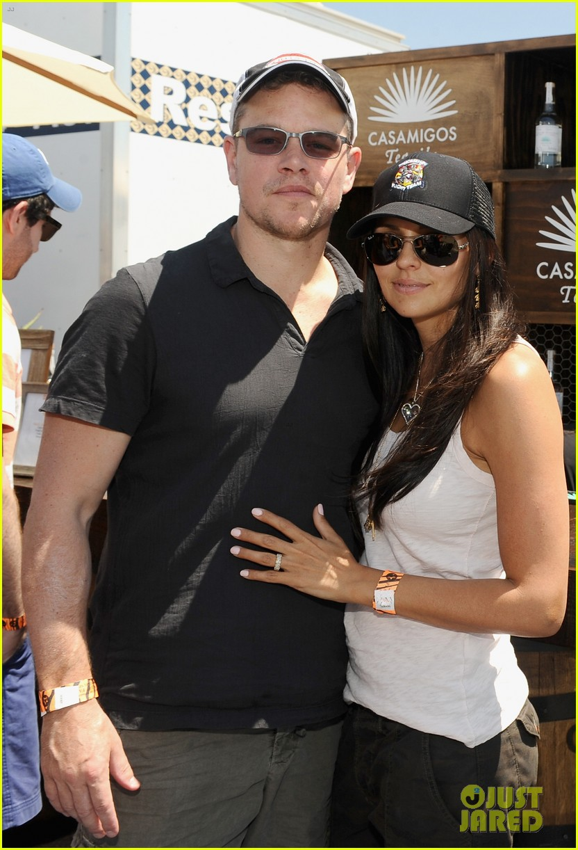 matt damon wife luciana mingle horsemen flight team 013105159
