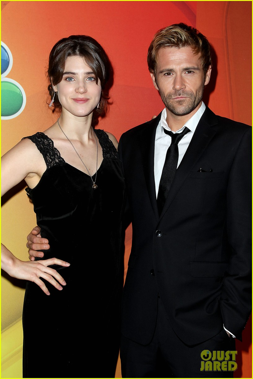 hugh dancy cristin milioti more present shows at nbc upfront 023111810