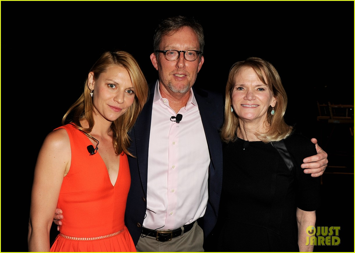 claire danes starts emmy campaign with homeland screening 063104255