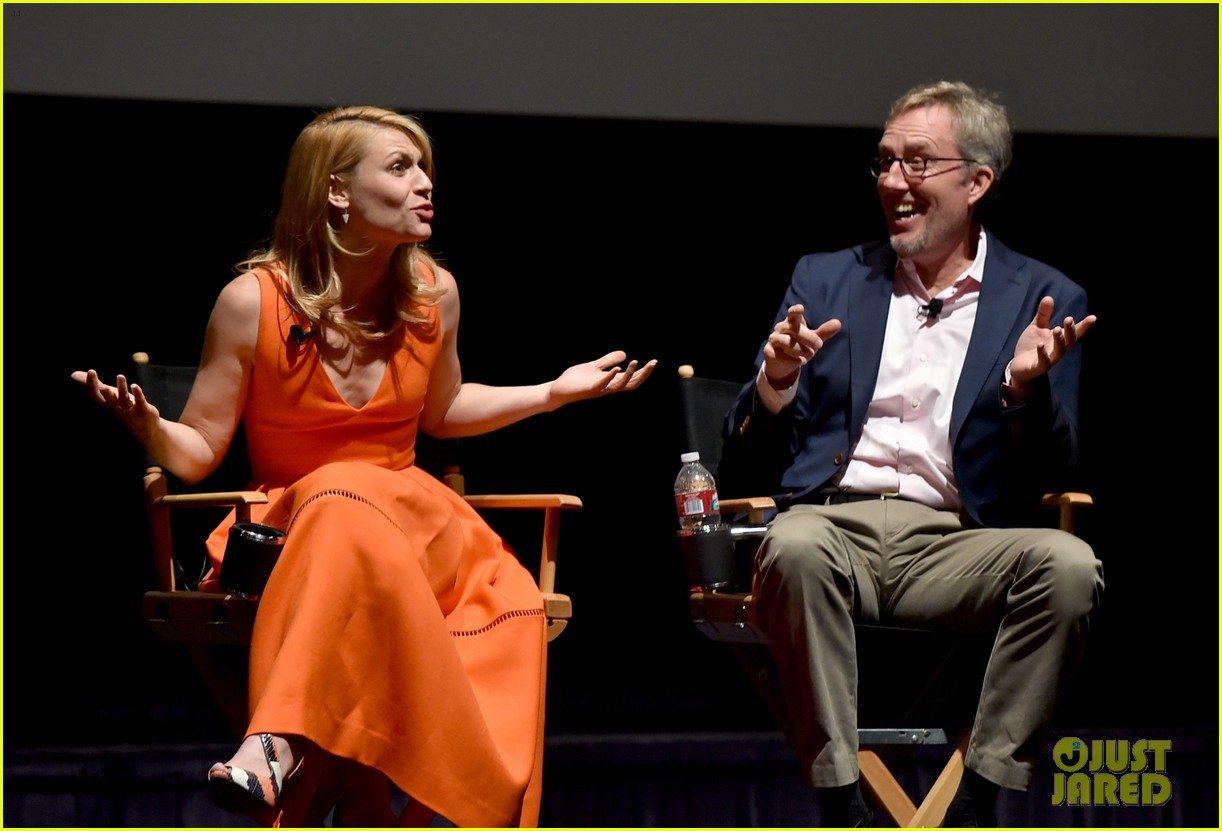 claire danes starts emmy campaign with homeland screening 113104260