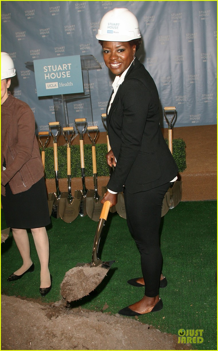 viola davis emily deschanel facility construction 153104585