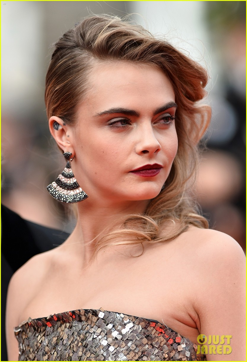 cara delevingne barbara palvin search cannes premiere 133119049