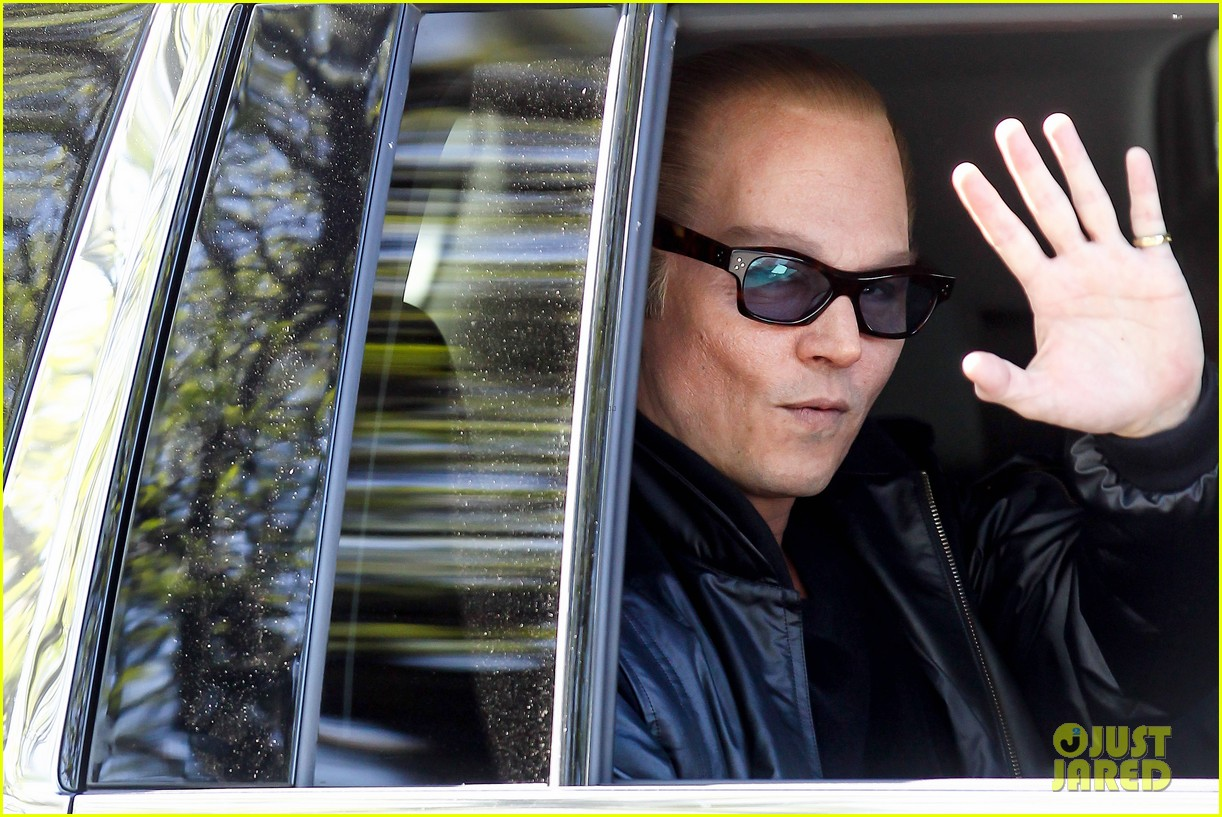 johnny depp almost looks like jack nicholson in movie makeup 033119251