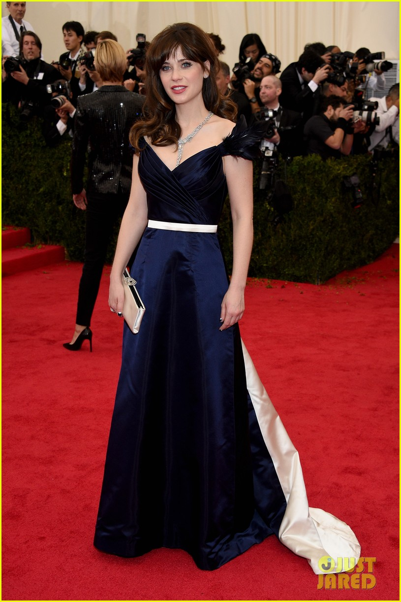 zooey deschanel represents tommy hilfiger on met ball 2014 red carpet 023106225