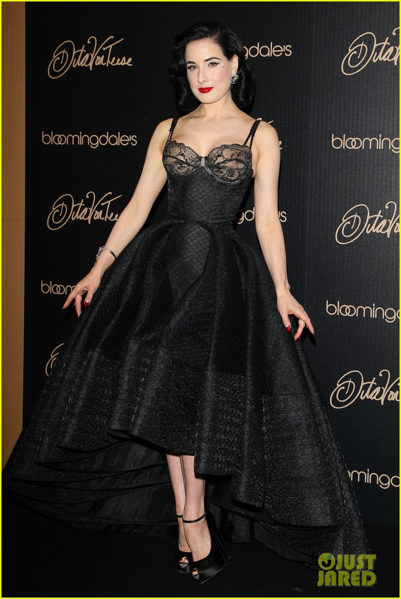 Dita Von Teese Shows f New Lingerie Line at Bloomingdale s