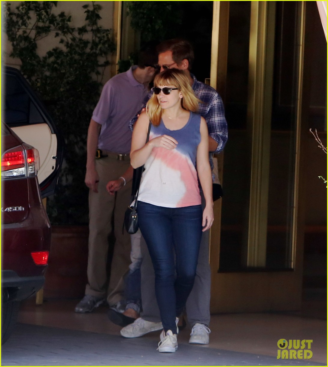 drew barrymore steps out first time daughter frankie 093110877