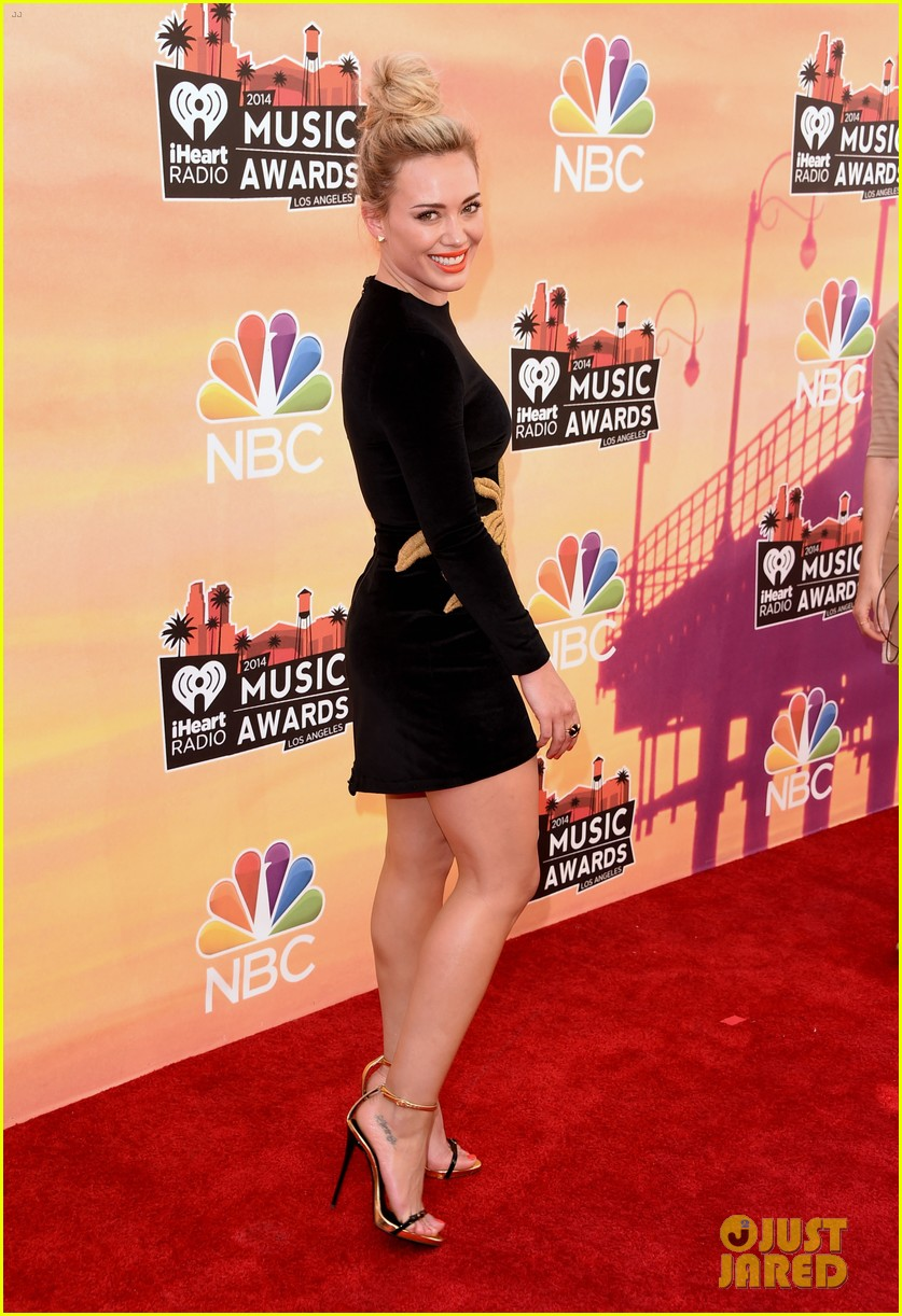 hilary duff iheartradio music awards 2014 06