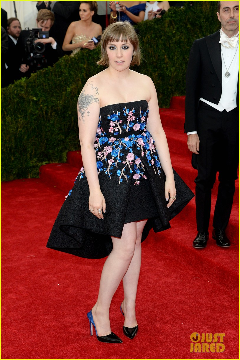 lena dunham chooses strapless dress for met ball 2014 043106222