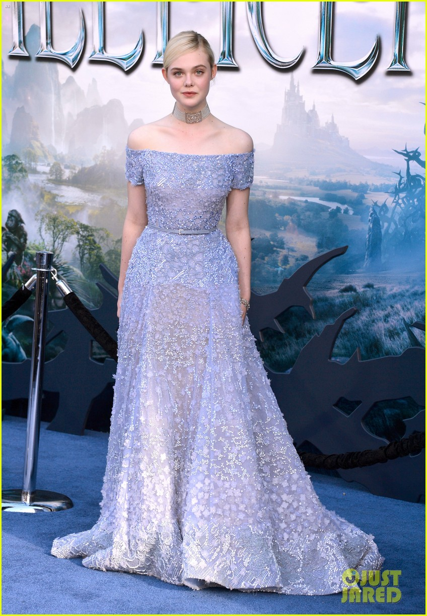 elle fanning maleficent hollywood premiere 033123513