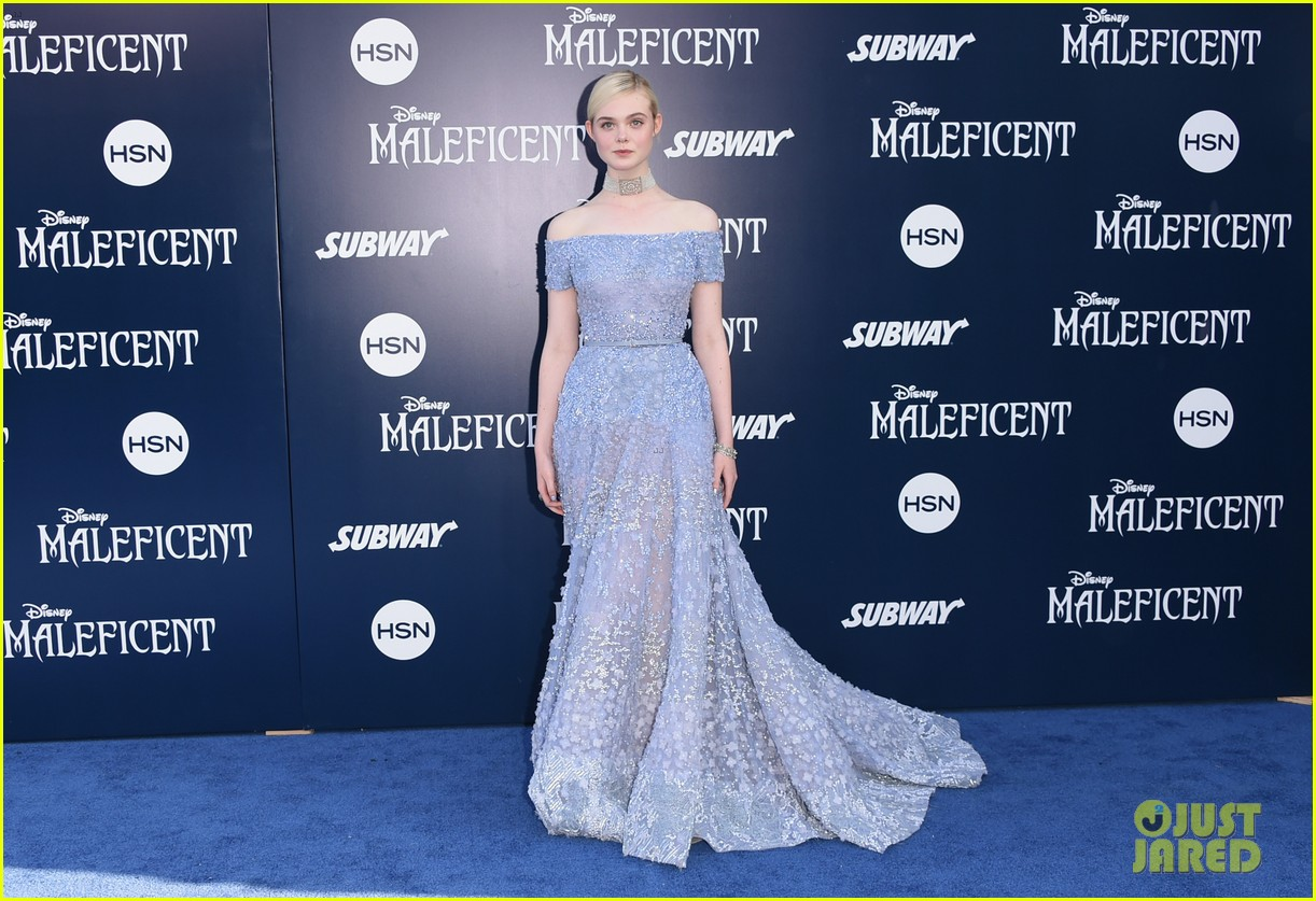 elle fanning maleficent hollywood premiere 053123515