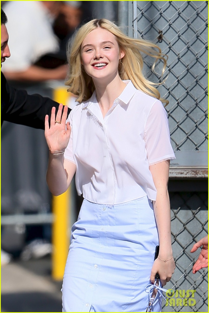 elle fanning promposal jimmy kimmel live video 043119847