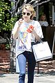 emma roberts reveals summer reading 09