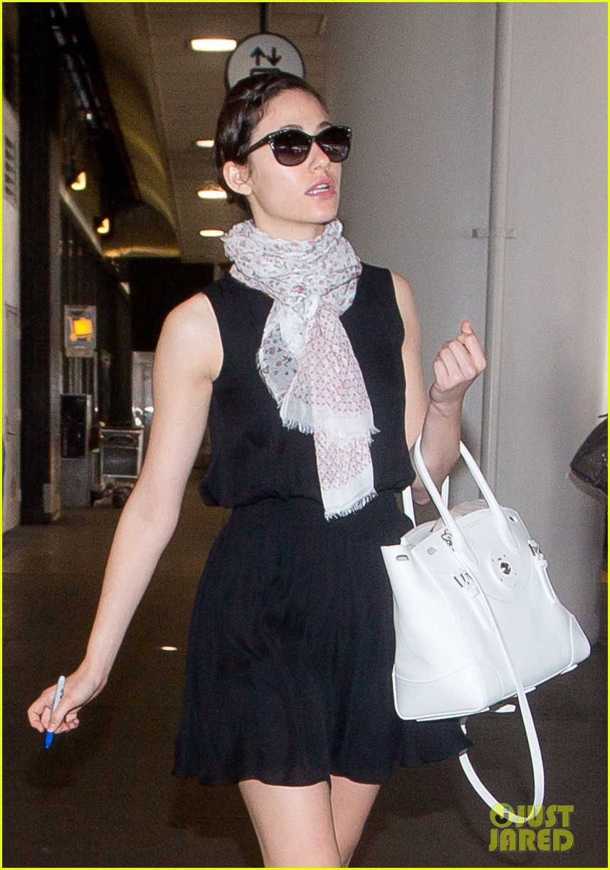 emmy rossum back to la after missing flight 083120000