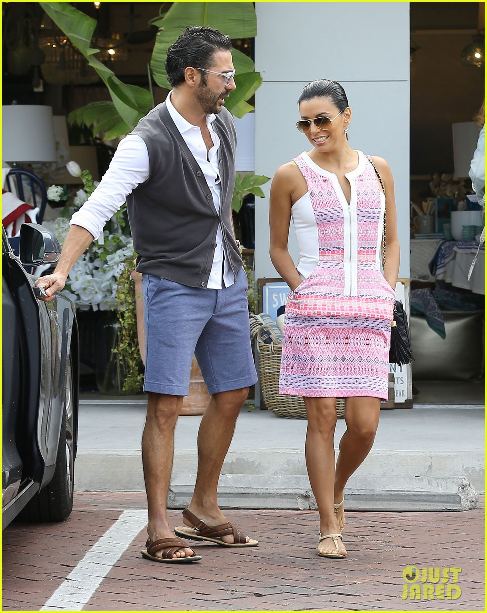 eva longoria cozy shopping boyfriend jose antontio baston 183122030