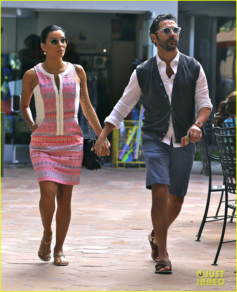 Eva Longoria Goes On Cozy Malibu Shopping Trip With