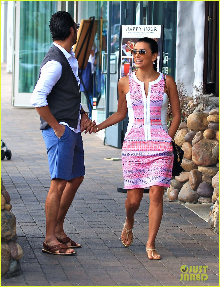 eva longoria cozy shopping boyfriend jose antontio baston 36
