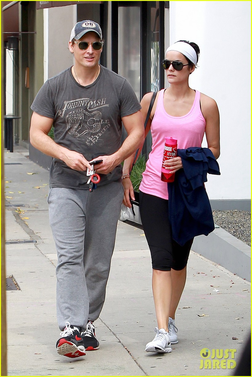 peter facinelli jaimie alexander kiss goodbye after workout 053124944