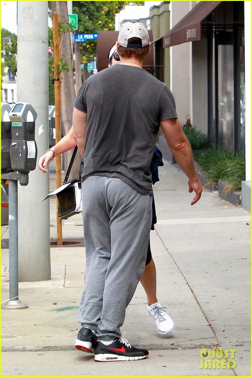peter facinelli jaimie alexander kiss goodbye after workout 253124964