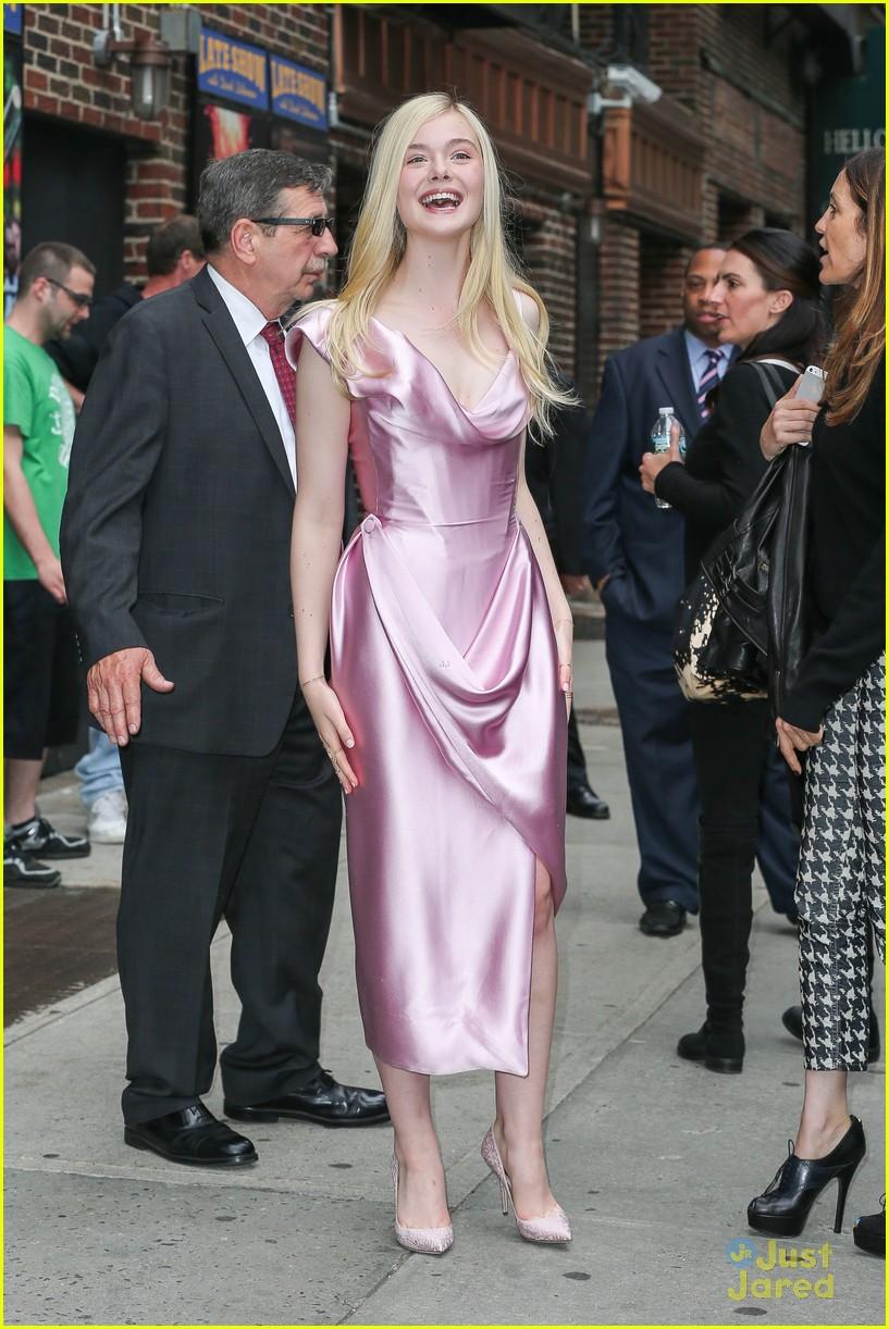elle fanning letterman pink dress 103113800