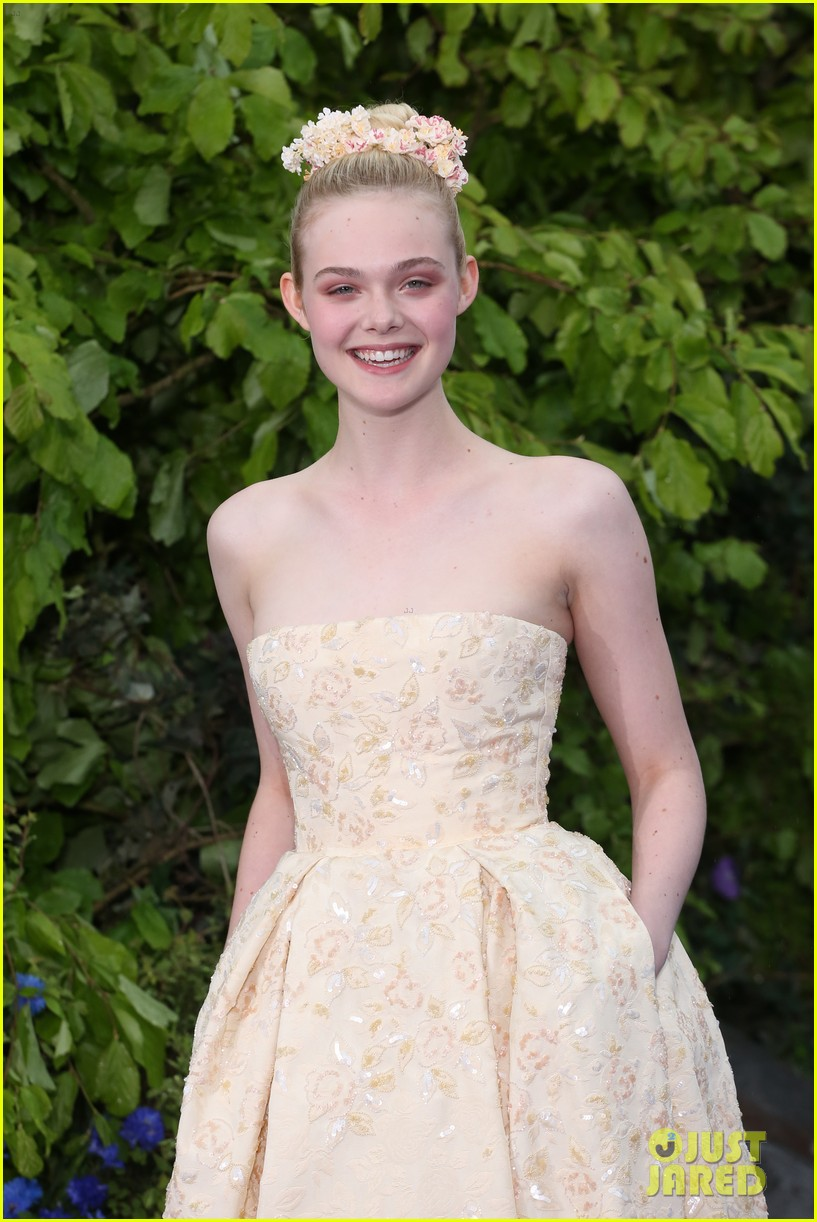 elle fanning looks like royalty at maleficent private reception 043108701