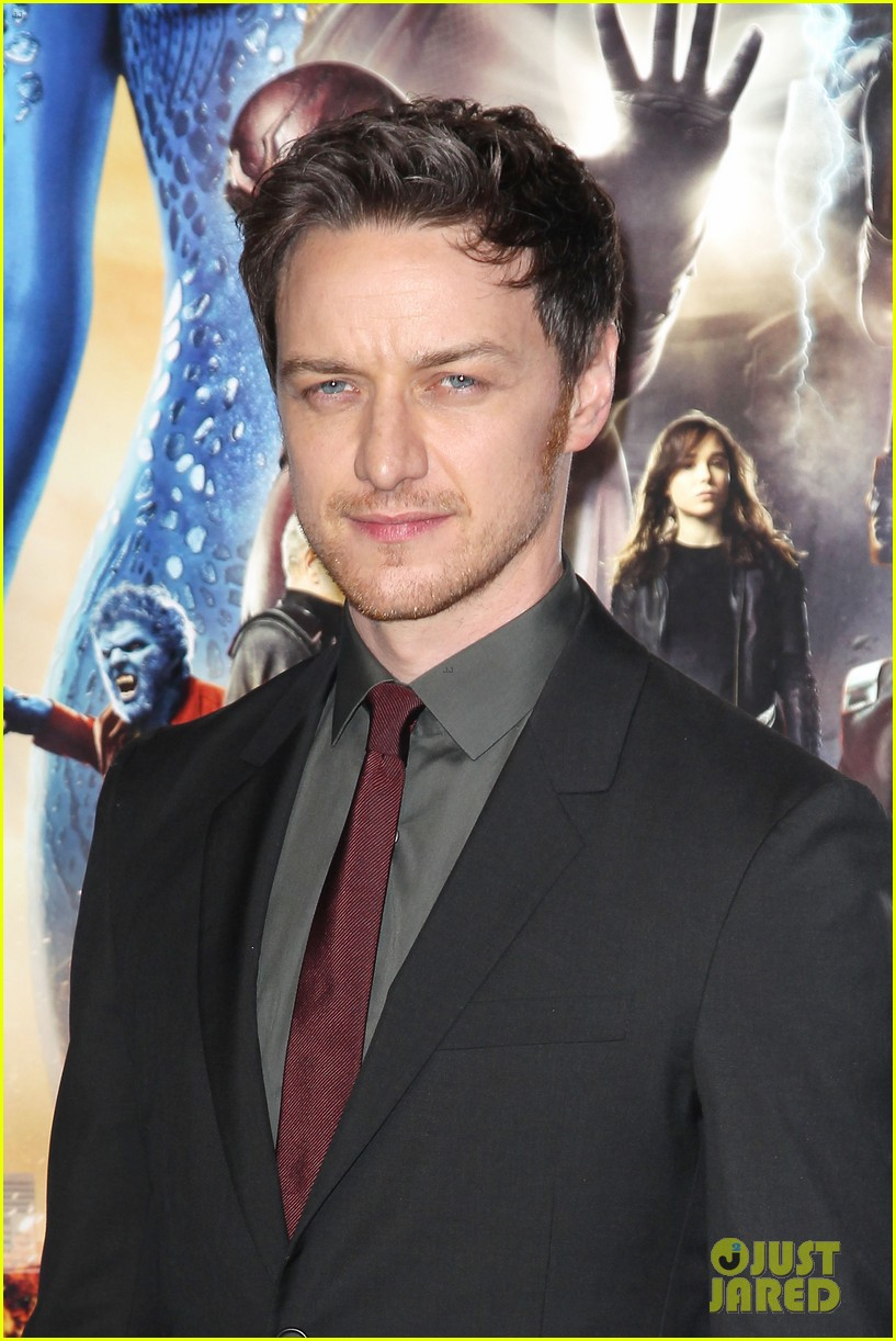 michael fassbender james mcavoy x men premiere 053110555