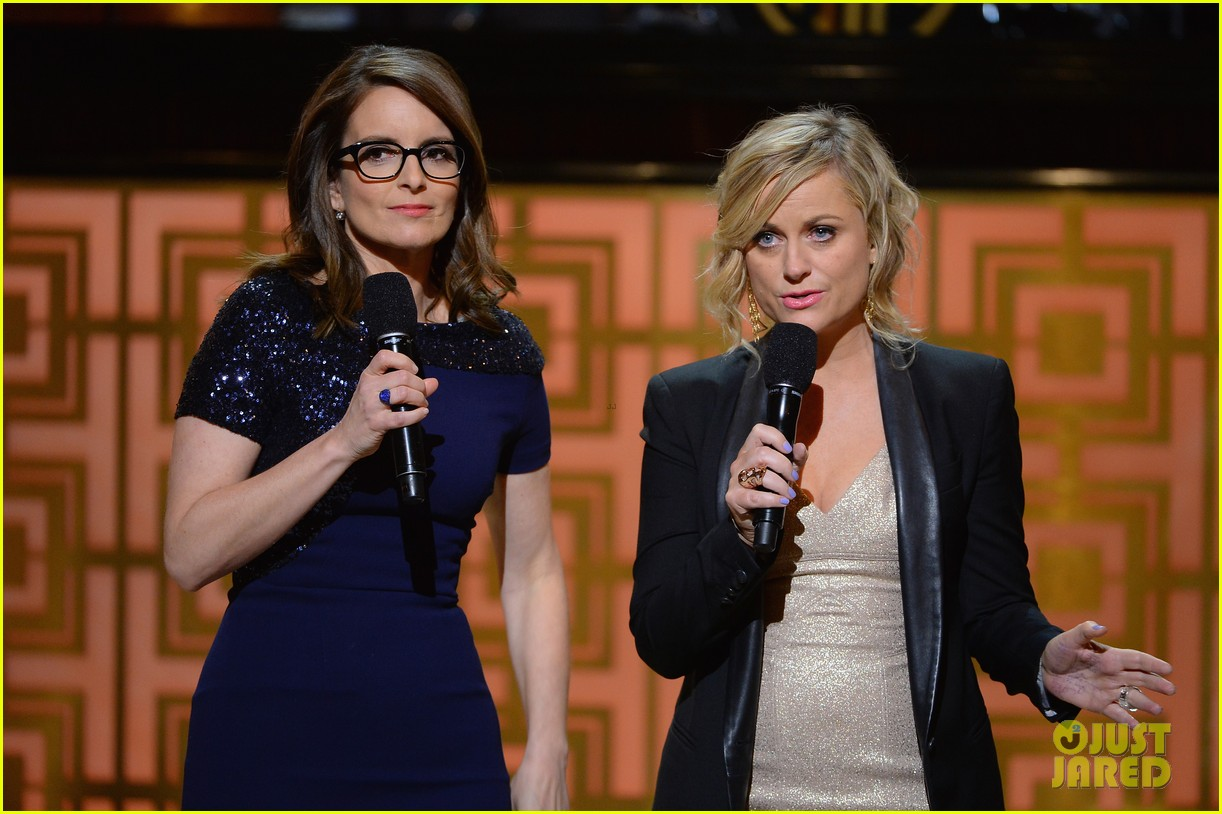 tina fey amy poehler reunite on stage for don rickles one night only all star comedy tribute 013107288
