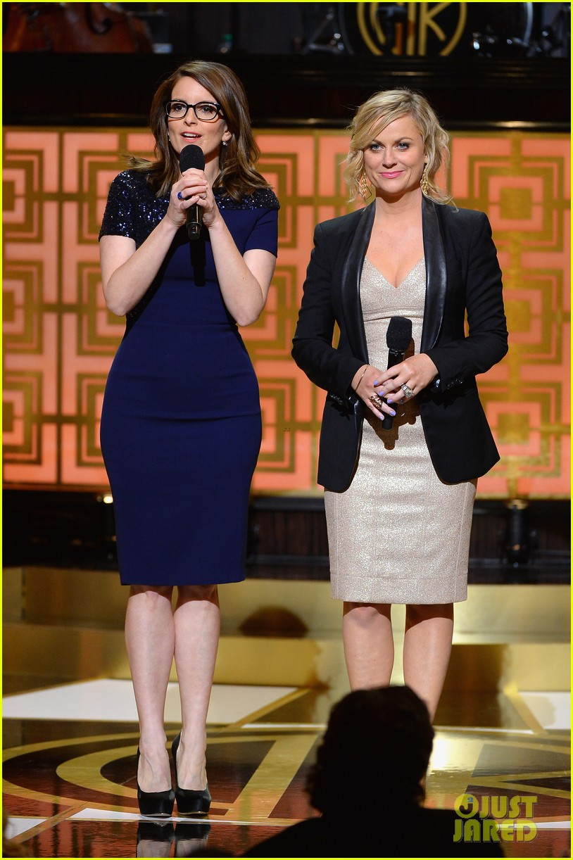 tina fey amy poehler reunite on stage for don rickles one night only all star comedy tribute 023107289