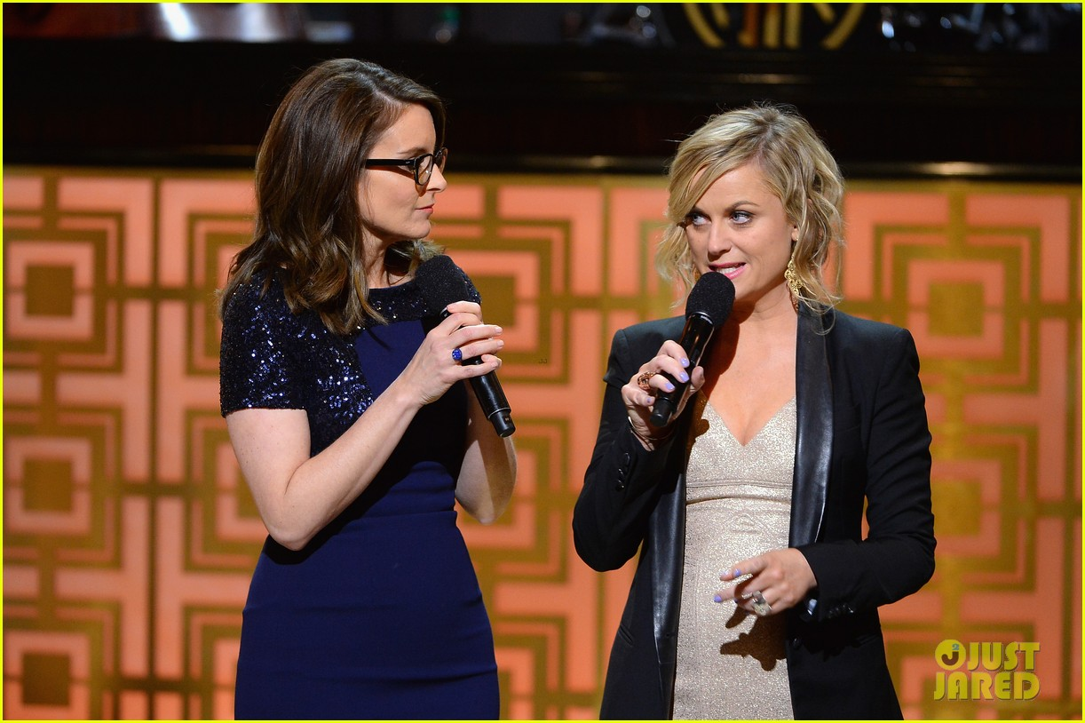 tina fey amy poehler reunite on stage for don rickles one night only all star comedy tribute 063107293