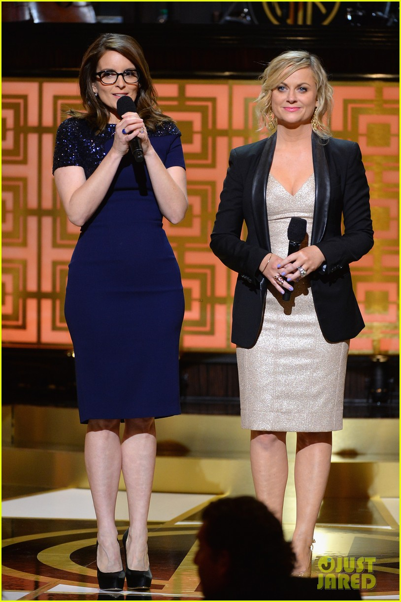 tina fey amy poehler reunite on stage for don rickles one night only all star comedy tribute 073107294