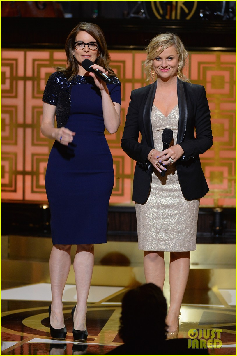 tina fey amy poehler reunite on stage for don rickles one night only all star comedy tribute 093107296