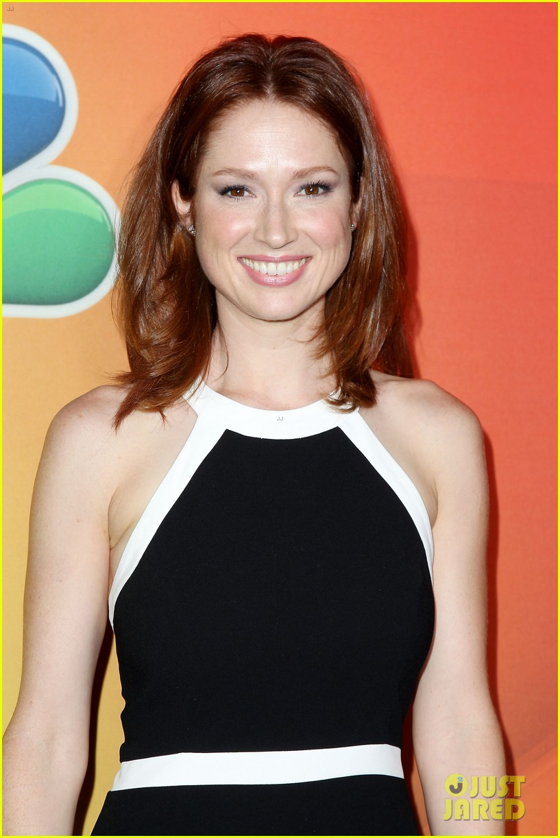 tina fey ellie kemper team up at nbc upfronts 2014 223111648