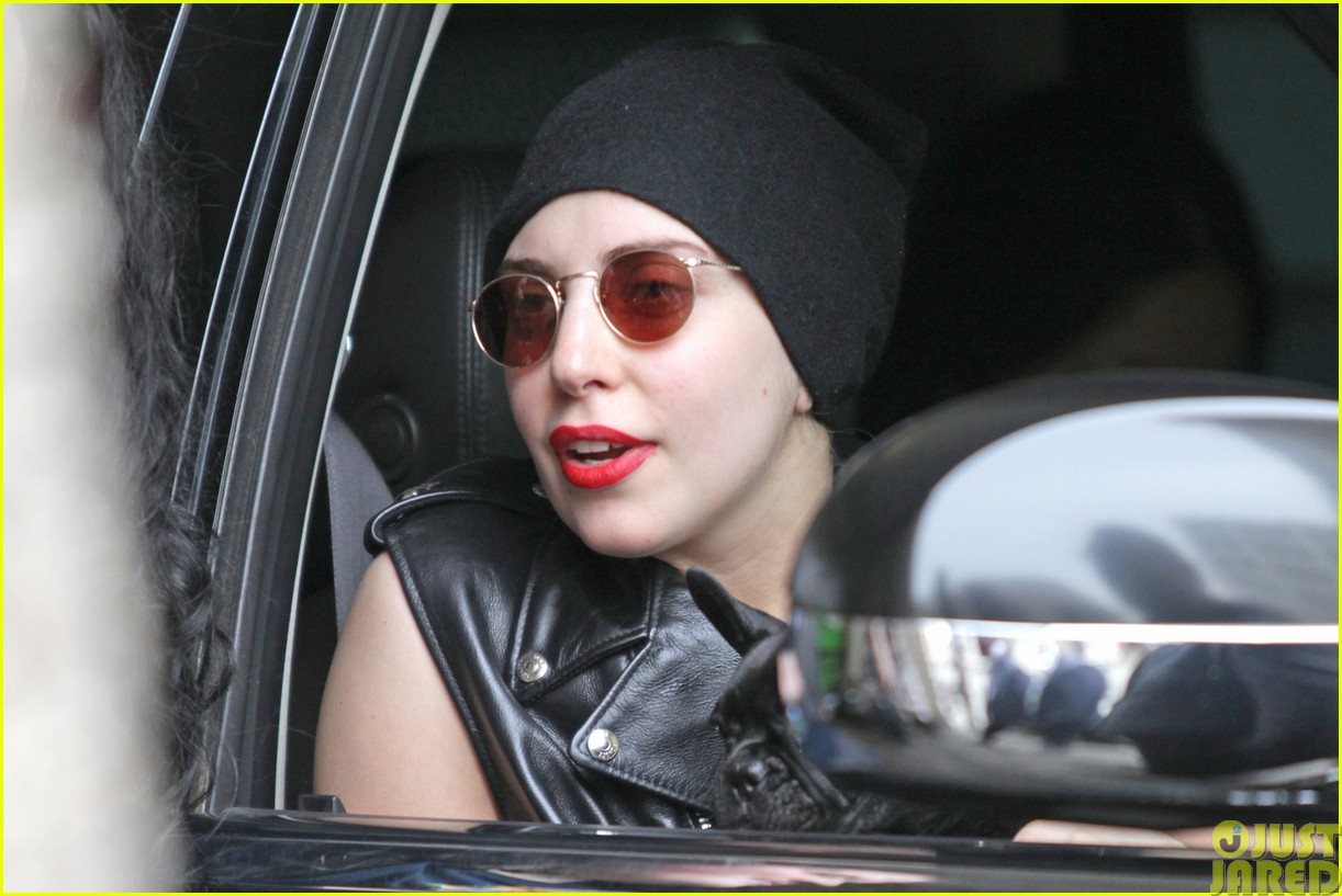 lady gaga walks asia after sold out show in winnipeg033120838