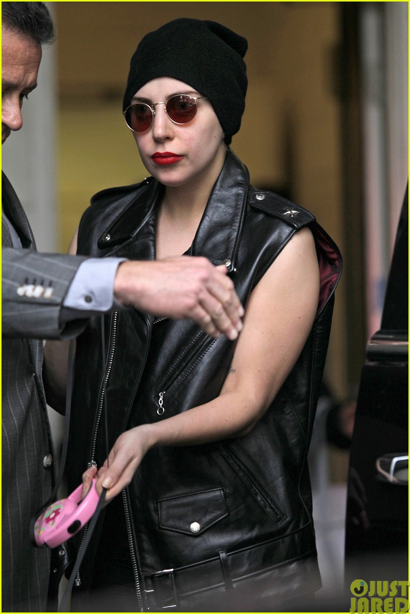 lady gaga walks asia after sold out show in winnipeg16