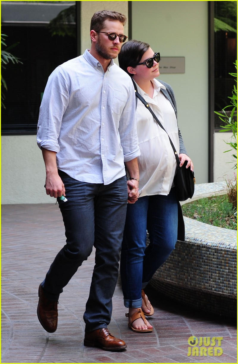ginnifer goodwin looks like she could give birth any day now 023109348
