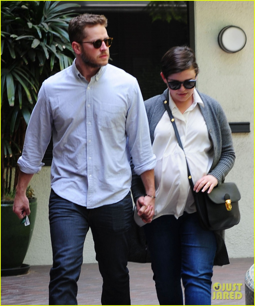 ginnifer goodwin looks like she could give birth any day now 03