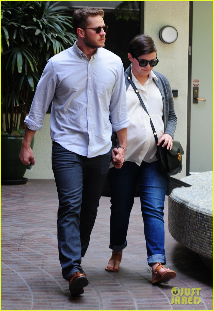 ginnifer goodwin looks like she could give birth any day now 043109350