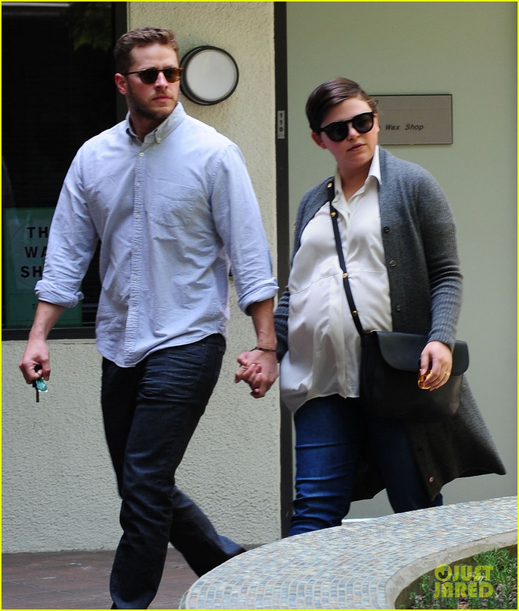 ginnifer goodwin looks like she could give birth any day now 083109354