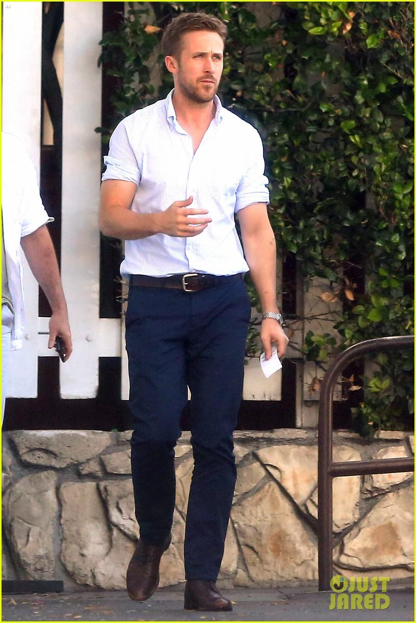 ryan gosling pretty much always looks perfect 093125583