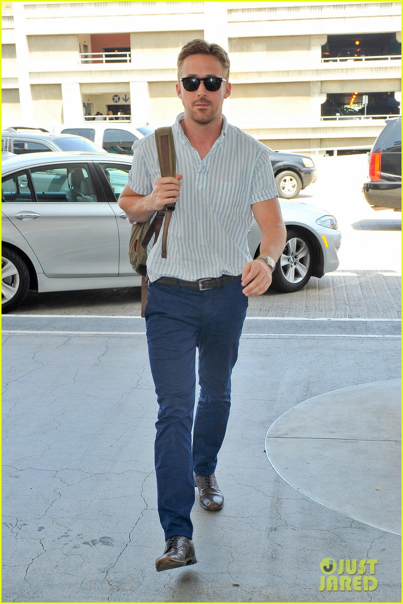 ryan gosling travels cannes the lost river 04