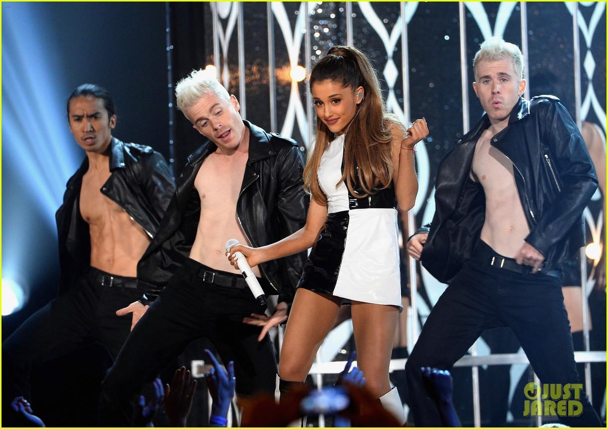 ariana grande iggy azalea problem billboard music awards 2014 063116802