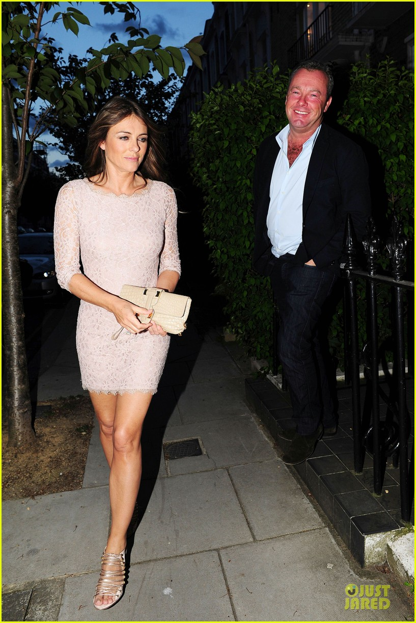 hugh grant elizabeth hurley meet up 243111921