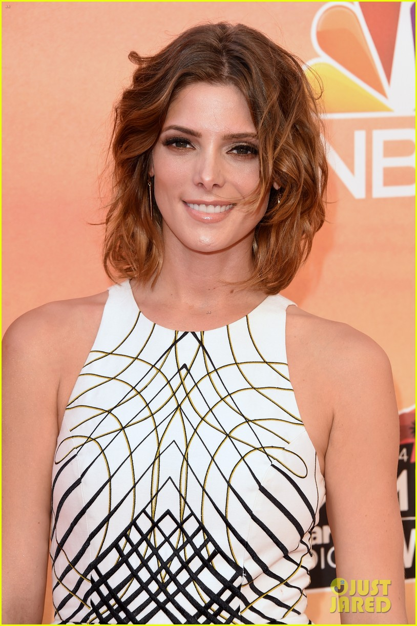 ashley greene iheartradio music awards 2014 023103305