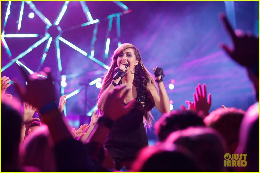 christina grimmie the voice finale performances 023117831
