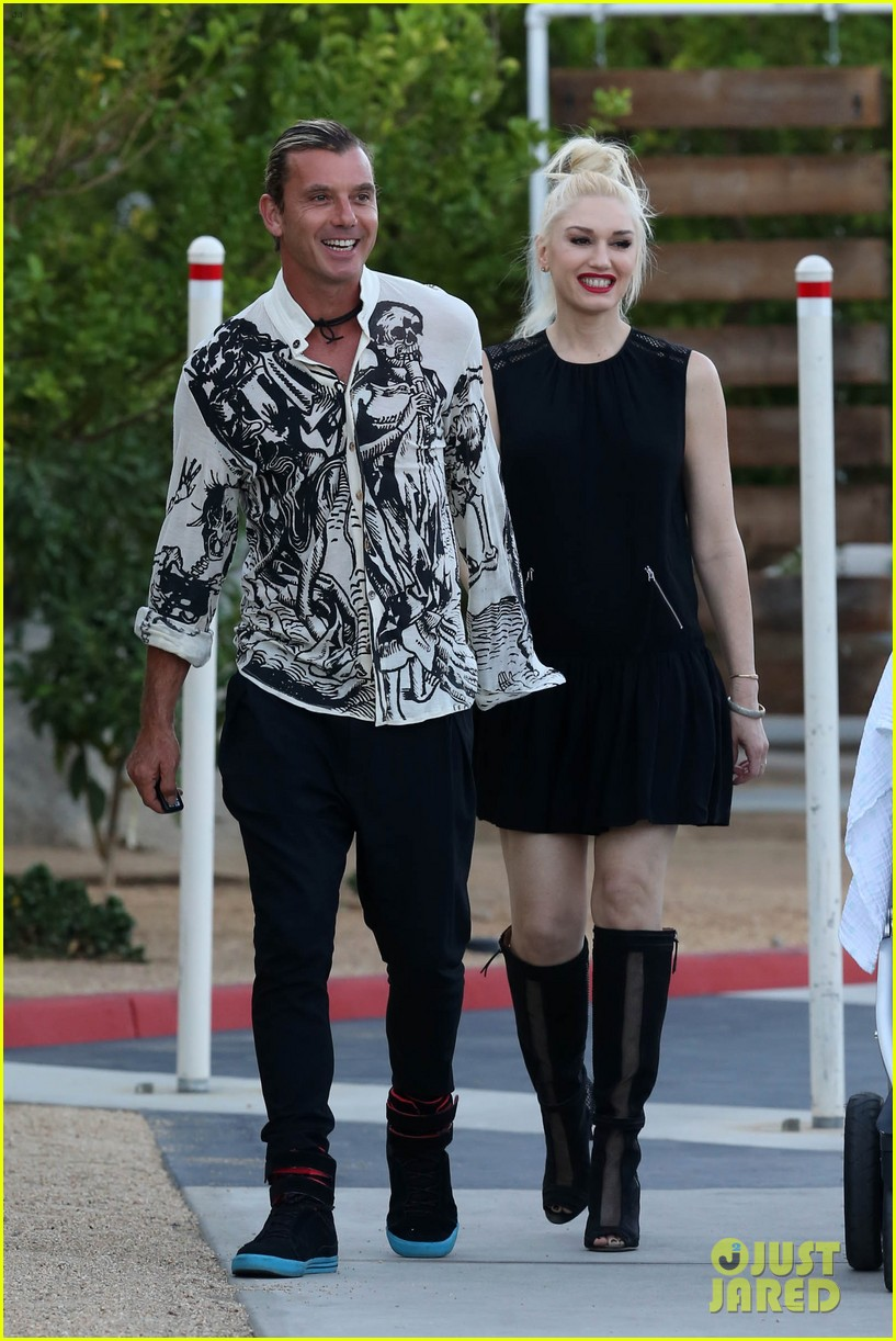 gwen stefani gavin rossdale matching oufits wedding 03