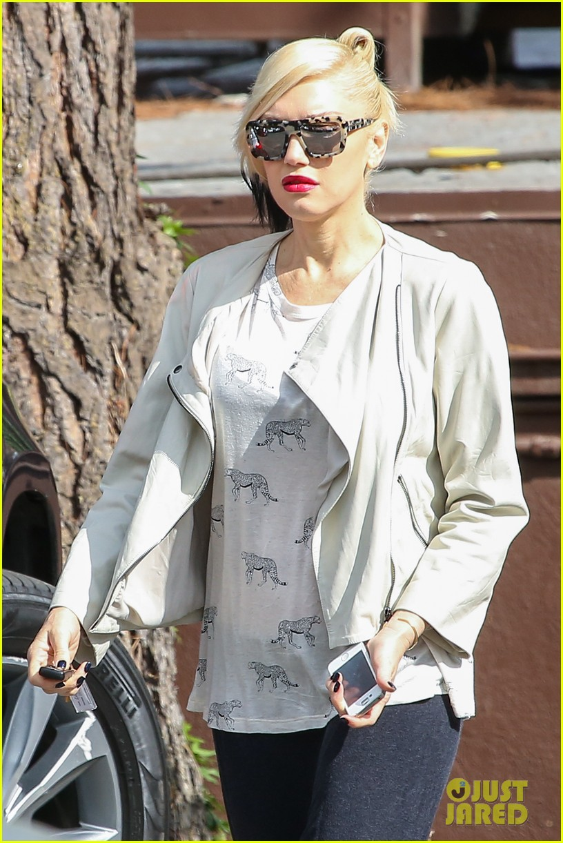 gwen stefani gavin rossdale matching oufits wedding 123111020