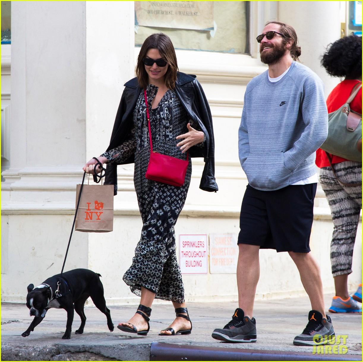 jake gyllenhaal alyssa miller first spotting in months 053107813