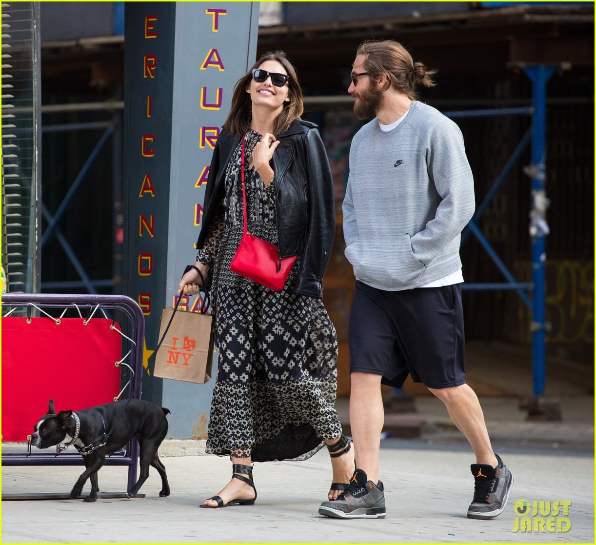 jake gyllenhaal alyssa miller first spotting in months 103107818