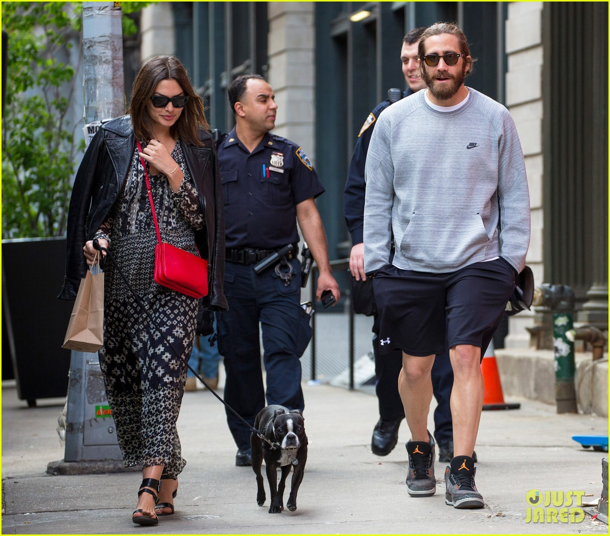 jake gyllenhaal alyssa miller first spotting in months 15