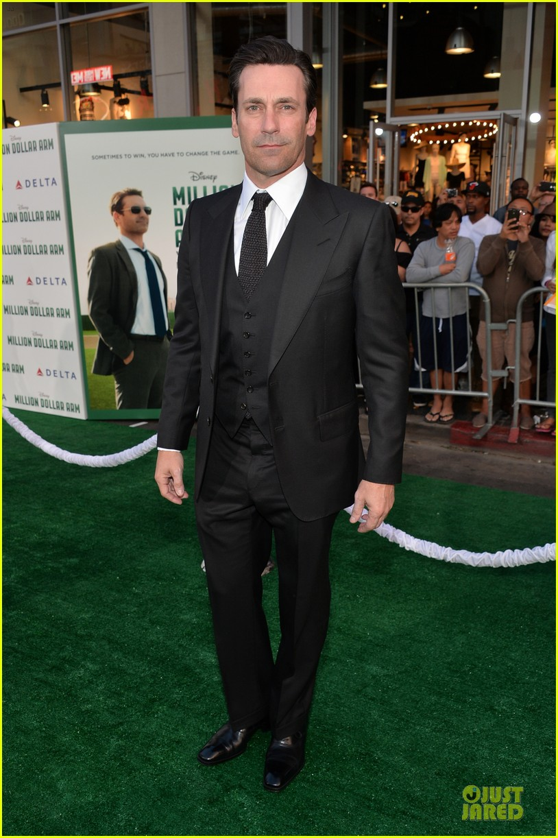 jon hamm lake bell million dollar arm hollywood premiere 03